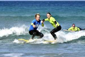 Water assistance beginner surf lessons