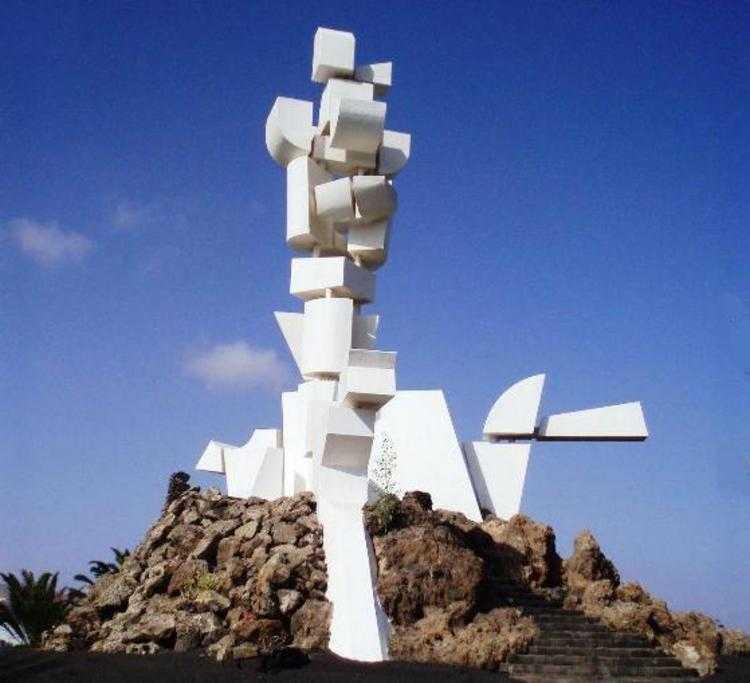 Монументо аль Кампесино, памятник трудящимся жителям Лансароте, созданный Сезаром Манрике - Чем заняться на Лансароте